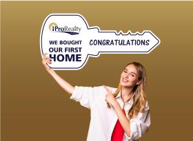 iPro Realty</br>Closing Key Signs