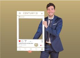 Century 21</br>Selfie Photo Booth Frames